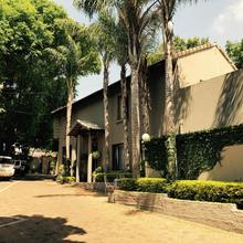 Waterhouse Guest Lodge - Indus Street in Pretoria