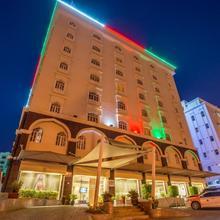 Waves International Hotel in Muscat