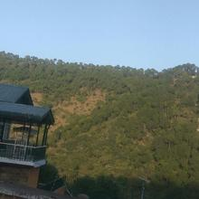 Wayside Villa in Solan