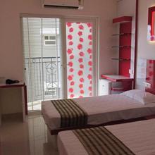 Welcome Inn Backpackers Hostel in Angamali