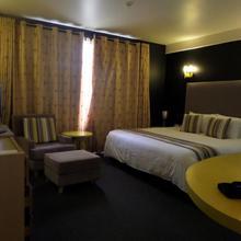 West Wood Hotel in Nairobi
