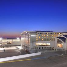 Westin Detroit Metropolitan Airport in Detroit