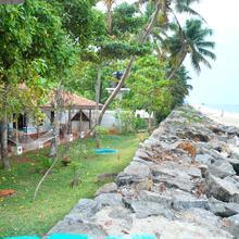 White Saand Beach Resort(guest House) in Alappuzha