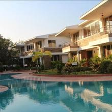 Wonderland Resort in Bhilad