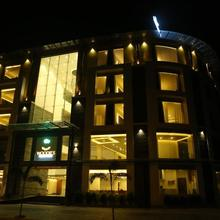 Woodies Bleisure Hotel in Kozhikode