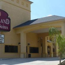 Woodland Inn and Suites in Houston