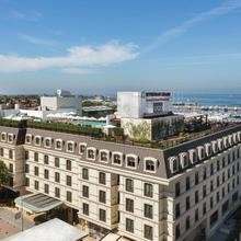 Wyndham Grand Istanbul Kalamış Marina Hotel in Istanbul