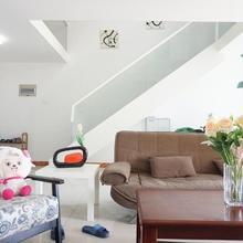 Xi Xi Loft Apartment in Hangzhou