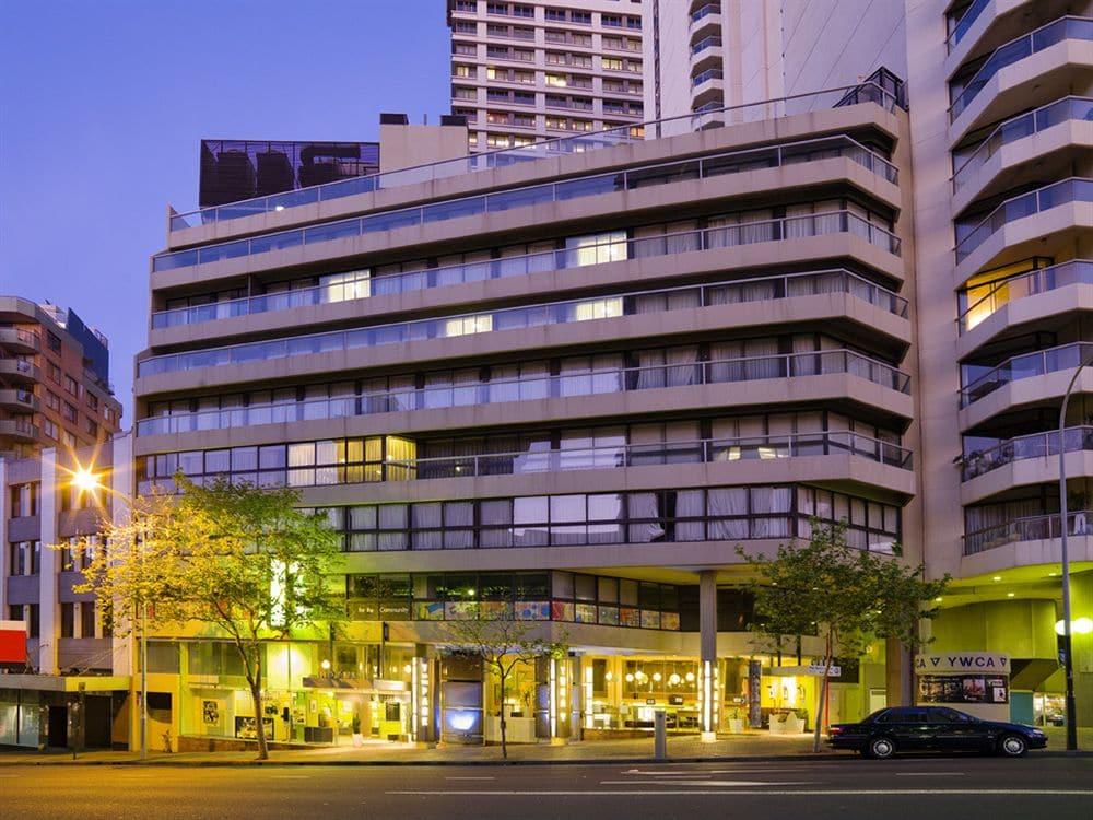 Y Hotel Hyde Park in Sydney