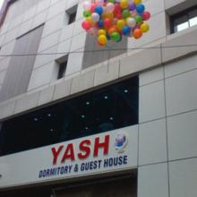 Yash Dormitory Guest House in Surat