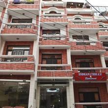 Sun Hotel in Bahadrabad
