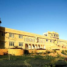 Hotel Thar Vilas in Dedha