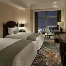 Yinxin Century Hotel in Jiangbei