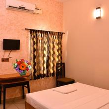 Yogi Ram Inn in Nellikuppam