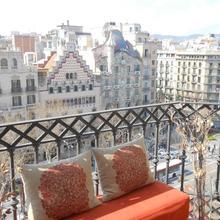 You Stylish Paseo De Gracia Apartments in Barcelona