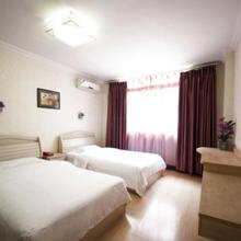 Yuhang Business Hotel in Chengdu