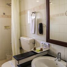 Yuvarani Residency Hotel in Arookutty