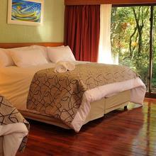 Yvy Hotel de Selva in Cataratas Del Iguazu