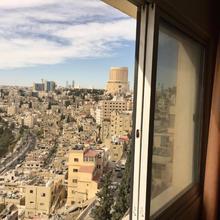 Zaina Plaza Hotel in Amman