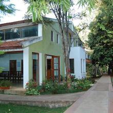 Zeenath Taj Gardens in Jolarpettai