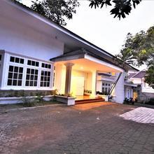 Zen Rooms Kemang G17 in Jakarta