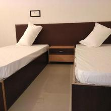 Zero Mile Rooms in Barauni