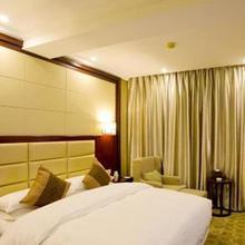 Zhejiang New Century Hotel in Hangzhou