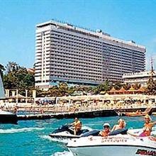 Zhemchuzhina Hotel Complex in Dagomys