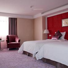 Zhengzhou Yuehai Hotel in Zhengzhou