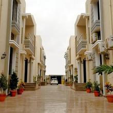 Zifan Hotel & Suites in Karachi