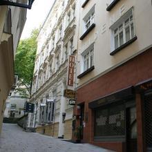 Zlatý Sloup in Karlovy Vary