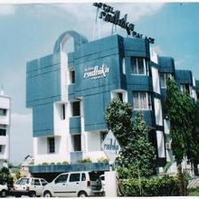 Hotel Radhika Palace in Satara