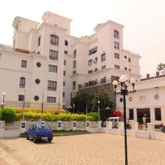 Beverly Hills in Pune