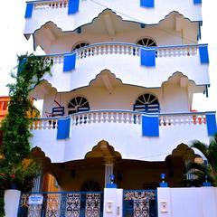 Holi-wood Guesthouse in Pondicherry