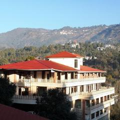 Aamod Resort in Nainital
