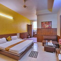 Aarya Hotel in Palwal