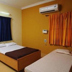 Apartment With Parking In Tiruchirappalli, By Guesthouser 22304 in Uraiyur