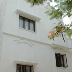 Solitaire Service Apartment-Chesterfield in Chennai
