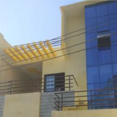 Asm Guest House in Guna