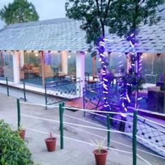 Astrevue Resort in Lansdowne