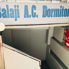 Balaji Ac Dormitory in Surat