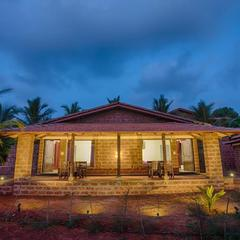 Beachfront Villas in Ganpati Pule