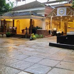 Bedrock Boutique Hostel in Baga