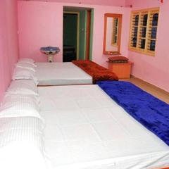Bhoomikas Yr Tourist Home in Narasimharaja Puram