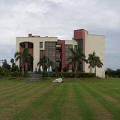 C Inn in Greater Noida