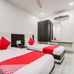 Capital O 1466 Hotel G Square in Vijayawada