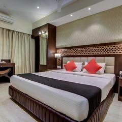 Capital O 16172 Hotel Radiant in Kolkata