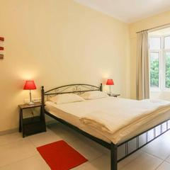 Casamelhor Luxury 2 Bedroom Stay With Pool – Cm082 in Candolim