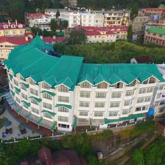 Crescent Resort in Darjeeling
