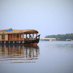 Diamond Village House Boat in Nileshwar